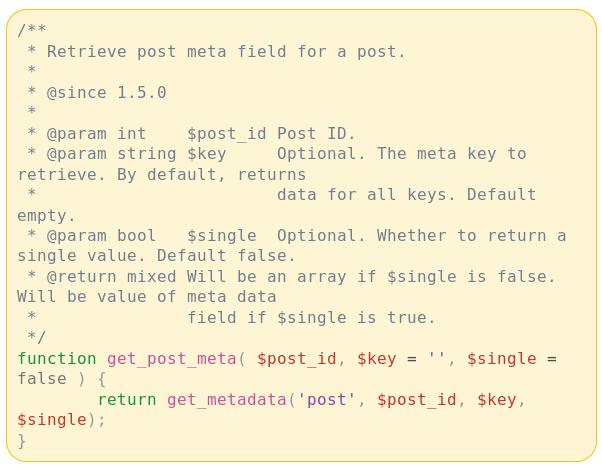 Bąbelek wiadomości z komunikatora Messenger, w którym znajduje się sformatowany kod PHP wraz z kolorowaniem składni.